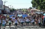 EDUCAÇÃO – SEMECT realiza desfile cívico dos polos IV e V nos bairros Cohab e Volta Redonda reunindo 2.267 estudantes