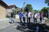Prefeito Fábio Gentil e equipe de trabalho visitam obras no Bairro Pai Geraldo