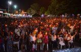 """Show """"Tributo ao Padre Zezinho"""" reúne centenas de pessoas no Natal Iluminado de Caxias"""