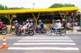 TRÂNSITO – Seguem os trabalhos de sinalização e implantação de novos semáforos em Caxias
