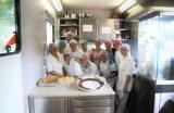 TURISMO – Parceria entre a Prefeitura de Caxias e o SENAC está formando 27 Auxiliares de Cozinha na Carreta Escola